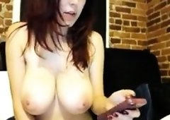 amateur naty sweety flashing boobs on live webcam